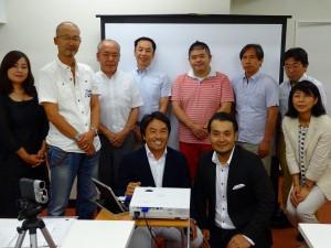 東京茅場町にて歯科医院のYouTube増患セミナー開催「参加者の歯科医の先生方と記念写真」